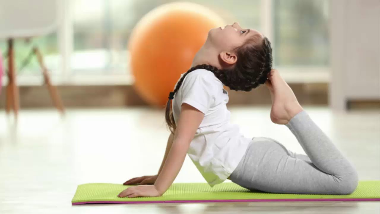 The benefits of teaching children yoga and meditation